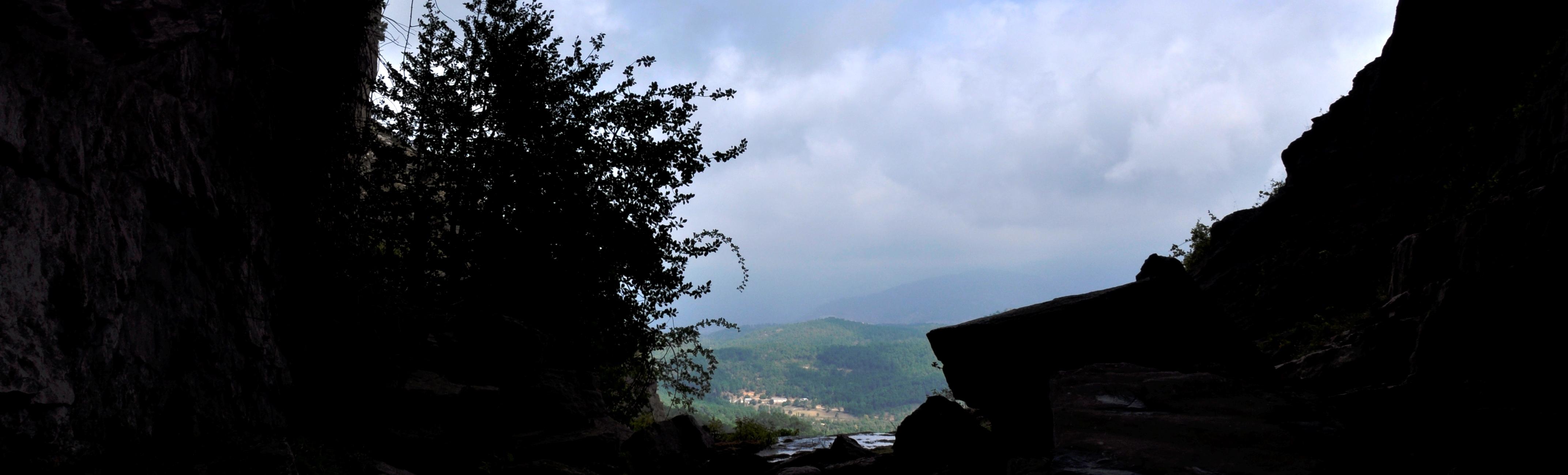 Vista desde la boca de la Cueva de los Chorros