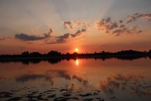 Crepúsculo vespertino manchego.Laura Pozo Gómez. Reserva Natural Lagunas de Villafranca de los Caballeros.Toledo